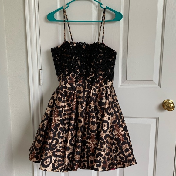 Dave & Johnny Dresses & Skirts - Leopard Homecoming Dress or Party Dress